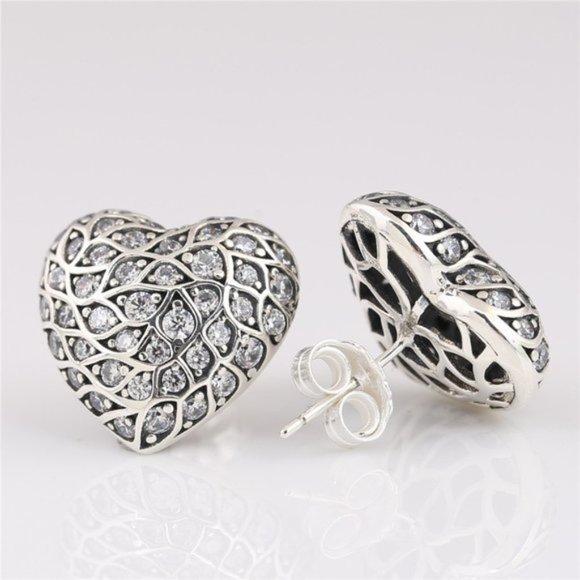 🥂Pandora Sparkling Pattern Heart Stud Earring